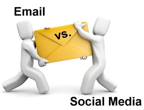 email-vs-social-media_id13991621_size485.jpg
