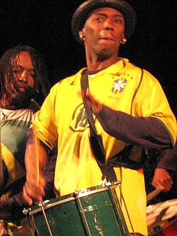 brazilian_drummer350o.jpg